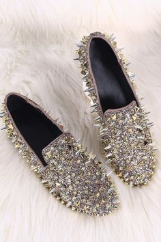 28213e990d1cc Fall in love with our women s shoes