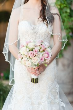 Beautiful pink bridal bouquet with blush and white roses | Leslie Ann Photography | villasiena.cc