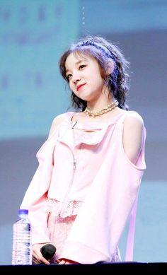 U Go Girl, New Girl, Extended Play, South Korean Girls, Korean Girl Groups, Soyeon, Girl With Hat, Short Girls, Me As A Girlfriend