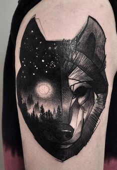 Lukas Zglenicky wolf tattoo