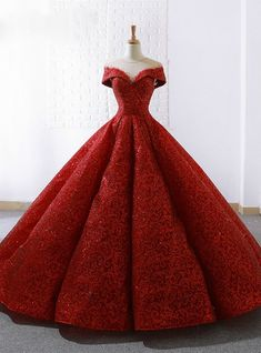 Lace Ball Gowns, Ball Gown Dresses, Evening Dresses, Prom Dresses, Formal Dresses, Cap Dress, Bridal Dresses, Ball Gowns Fantasy, Red Quinceanera Dresses