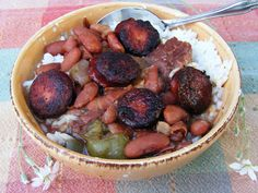through the heart of this southern reflect the fact that I use my Crockpot now.  I hope you enjoy these yummy beans as much as I did growing up and as my own family now does.  Serve over hot, fluffy white rice and a warm piece buttered and grilled French Bread with a side salad or bowl of coleslaw.  Sweet iced tea rounds this awesome southern dish off quite nicely.