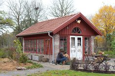 Sweden House, Greenhouse Shed, Red Houses, Ocean House, She Sheds, Patio Seating, Glass House, Winter Garden, Log Homes