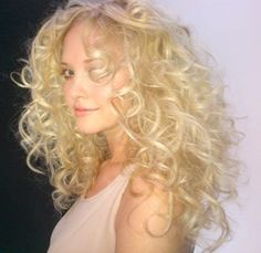 Curls create a sexy look #CURLSAREIN