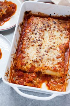 Lasagna Roll Ups - The Little Kitchen Healthy Vegan Breakfast, Healthy Foods To Eat, Weeknight Meals, Easy Meals, How To Make Lasagna, Easy Lasagna Recipe, Baked Pasta Recipes, Lasagna Rolls, Quick Easy Dinner