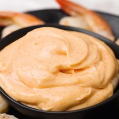 Skip the expensive restaurants and enjoy hibachi at home with this easy Yum Yum Sauce recipe. Skip the expensive restaurants and enjoy hibachi at home with this easy Yum Yum Sauce recipe. Tasty Videos, Food Videos, Recipe Videos, Cuisine Diverse, Good Food, Yummy Food, Homemade Sauce, Homemade Dips For Chips, Homemade Enchilada Sauce