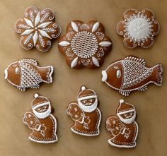 Vianočné Christmas Gingerbread, Desserts, Sugar Cookies, Inspiration, Food, Biscuits, Photograph Album, Biblical Inspiration, Meal