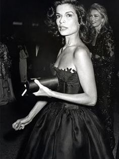 1981 Bianca Jagger - 95 of the Best Met Gala Moments Ever Bianca Jagger, Mick Jagger, Charlotte Rampling, Twiggy, Alexa Chung, Gala Dresses, Nice Dresses, Met Gala Outfits, Moves Like Jagger