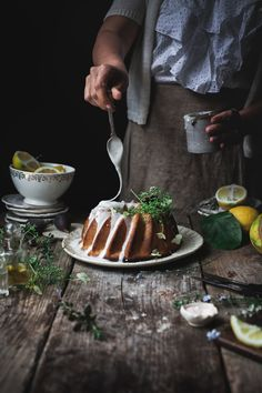 Lemon and Thyme Vegan Boudt Cake + The 3 Myths That Keep Us Away From Our Dreams. Food Photography Styling, Food Styling, B Food, Cheesecake Pie, Cake Decorating Tips, Coffee Cake, Vegan Desserts, Sweet Recipes, Sweet Tooth