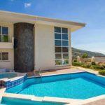 http://www.alanyaimmobilienturkei.com/ru/properties/exclusive-designe-villa-alanya-bektas/