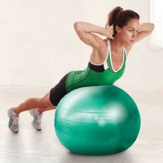 Use the Green 65 cm Gaiam Total Body Balance Ball Kit to add resistance training to your workout, for maximum results. This kit will help you sculpt & tone your abs, arms & legs. Stability Exercises, Abdominal Exercises, Glute Exercises, Pilates Workout Routine, Butt Workout, Pilates Yoga, Toned Abs, Total Body, At Home Workouts