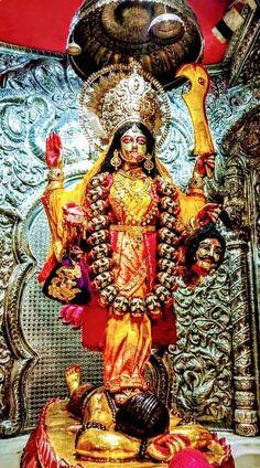 Indian Goddess Kali, Goddess Art, Durga Goddess, Indian Gods, Kali Hindu, Krishna Hindu, Hindu Art, Jay Maa Kali, Kali Mata
