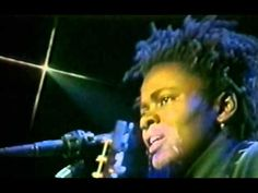 Tracy Chapman - All That You Have Is Your Soul - 12/4/1988 - Oakland Coliseum Arena (Official) - YouTube