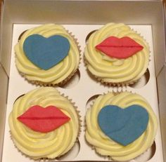 Hearts and Lips Cupcakes