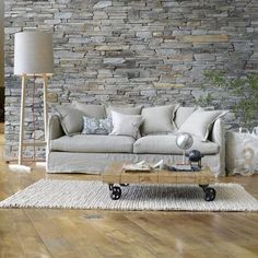 Faux Brick Wallpaper pulls this terrific Rustic look together - www.tonprojet.ca