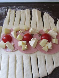 paine_3 Finger Food Appetizers, Appetizer Recipes, Dessert Recipes, Desserts, My Recipes, Cookie Recipes, Healthy Meals To Cook, Romanian Food, Dessert Drinks