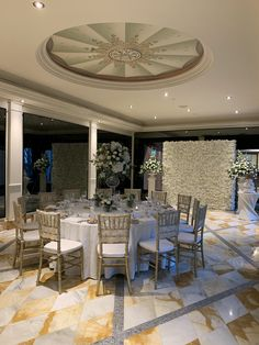 Versace Gold Coast, Palazzo Versace, Dream Wedding, Dining Table, Weddings, Table Decorations, Furniture, Collection, Design