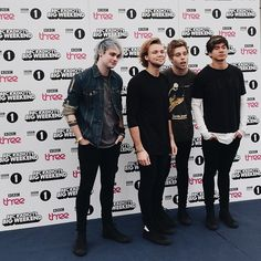 27 Times 5 Seconds Of Summer Were All Your Squad Goals