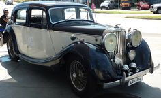 Jaguar MK IV Saloon 1946.  Maintenance/restoration of old/vintage vehicles: the material for new cogs/casters/gears/pads could be cast polyamide which I (Cast polyamide) can produce. My contact: tatjana.alic@windowslive.com