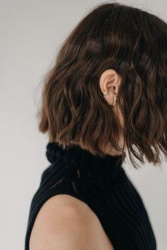 #gold #earring #cuff Beanie, Dreadlocks, Long Hair Styles, Earrings, Gold, Clothes, Fashion, Ear Rings, Outfits