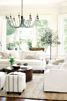 Stunning french country living room decor ideas (28)