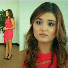 Rent Movies, Hayat And Murat, Hande Ercel, Turkish Fashion, Beauty Full Girl, Heart Eyes, Beautiful Actresses, Most Beautiful Women, Actors