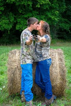 """Maternity Country Photography www.puresoutherphotos.smugmug.com or visit FB Pure Southern Photos and """"Like"""" our page . Thank You"""