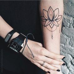 Мастер Настя @pakhanova Запись: pakhanova.booking@gmail.com By @pakhanova Booking: pakhanova.booking.@gmail.com #sashatattooingstudio #tattoo