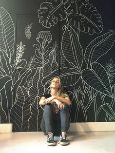 35 Wonderful Diy Wall Art Ideas For Decoration Wall art has always remained a sp… - Tapeten ideen Mural Wall Art, Diy Wall Art, Diy Art, Wall Art Decor, Painted Wall Art, Hand Painted Walls, Diy Wall Decorations, Wall Murals Bedroom, Gym Decor