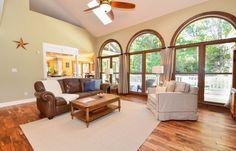 3124 Hunters Bluff Drive Living Room | Don Johnson Real Estate Team