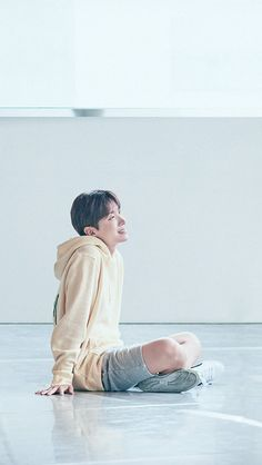 This is what relaxes me after a stressful day: My sunshine, My hope, Dat J-Hope. ;) ♡  BTS || Jung Hoseok || J-Hope