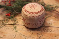 A sweet little Merry Christmas Pinkeep Drum