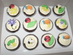 Chocolate cupcakes with vanilla buttercream frosting. All of the bugs and decorations were made out of gumpaste. Bug Cupcakes, Cupcake Cookies, Icing Techniques, Vanilla Buttercream Frosting, Love Bugs, Chocolate Cupcakes, Ladybugs, Gum Paste, Cousins