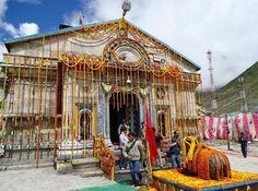 Kedarnath Badrinath Yatra by Helicopter - Find helicopter tickets for Kedarnath Badrinath ? Get Kedarnath Badrinath helicopter booking service at lowest prices.