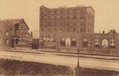 """Azijnstokerij """"De Blauwe Hand"""" """"de brug van den azijn word nu afgebroken, en vervangen door een nieuwere en hogere voor de scheepvaart op het Albert kanaal"""