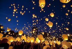 Biodegradable paper made Sky Lantern, Our lantern are unlike many other flying lanterns  These handmade Sky Lantern are 100% handmade, which are ideal