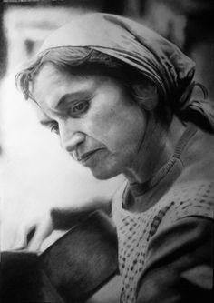 Violeta Parra Salvador, The Beatles, Feminism, Folk, Louvre, About Me Blog, Statue, Couple Photos, Fictional Characters