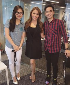 Tonight on #StarPatrol meet 2 of the freshest faces of the number one music channel in the Philippines @myxph!  Had such a blast interviewing former child stars @sharlenesanpedro1 & @dothejairusaquino about being the newest VJs & their upcoming projects! I swear, and kulit niyo!  Catch them tonight on #TVPatrol ⭐️ Thank you @starmagicphils, @ms.edithcfarinas @thessgubi @gethsl & MYX!
