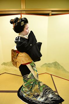Geiko Ayano-san dance Kurokami