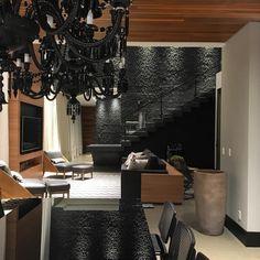 Arquitetura | Interiores | Iluminação | Paisagismo. Camilla Pavesi e João Pedro Pavesi. pavesi@pavesiarquitetura.com.br +55(66)35312661