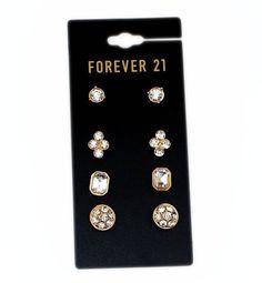 SET 4 BÔNG TAI ĐÁ SÁNG B3978 Set 4 bông tai đá sáng thương hiệu F21 được làm bằng hợp kim màu vàng ánh kim. Set gồm 4 đôi bông tai đính đá sáng rất dễ thương và đáng yêu. Thích hợp với mọi bạn gái. 70.000