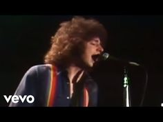 Toto - Hold The Line (Official Music Video) Jeff Porcaro, Music Songs, Music Videos, Album, Always On Time, Musica Pop, Classic Songs, Old Music, Songs