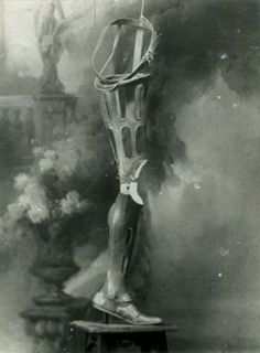 french prosthetic leg 1918