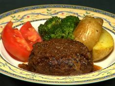 Ingredients for Hamburg Steak (serves 2) ハンバーグステーキの作り方 字幕表示可 - Fried Onion - 1 Onion (200g/7.05 oz) - 2/3 for hamburg meat mixture, 1/3 for onion sauce 1 tbs...