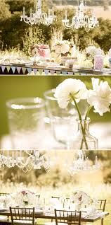 The Flags around the table give it a very cute farm/ shabby chic/ vintage touch!