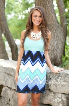 USE DISC. CODE: REPAMIE10  TO SAVE! www.pinklilyboutique.com This chevron dress is perfection!