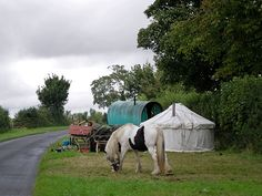 Gypsy Camp, oh this is SO ME!!!! I dream of this!