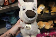 i love this movie and bolt Disney Stuffed Animals, Cute Stuffed Animals, Peluche Lion, Tumblr Quality, Dinosaur Gifts, Disney Plush, Cute Plush, Cute Disney, Dog Toys