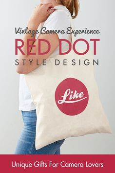 Unique and stylish design perfect for people who love retro photo cameras. 53 designs - T-shirts, stickers, bags, face masks and much more. Perfect as a gift for those who love photography and vintage photo cameras. La Red, Camera Gear, Red Dots, Love Photography, Vintage Photos, Cameras, Face Masks, Stickers, Retro