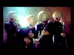 Star Wars - John Williams - Cantina Band [Original] - YouTube Totally gonna be my recessional song after the vows. Gonna dance out of my wedding to this song. YAAAAS